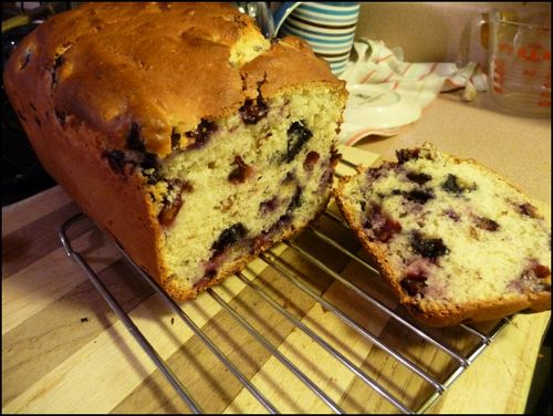 Blueberry-bread