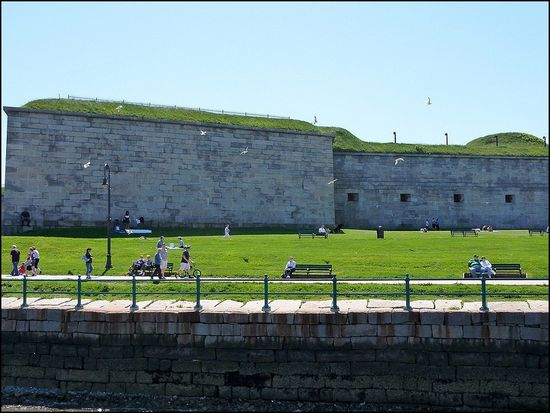 Castle-island-fort (2)