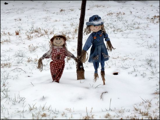 Friends-in-Snow